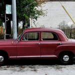 Mercedes-Benz 180 - SW 2nd Ave & Gibbs St, Portland, OR