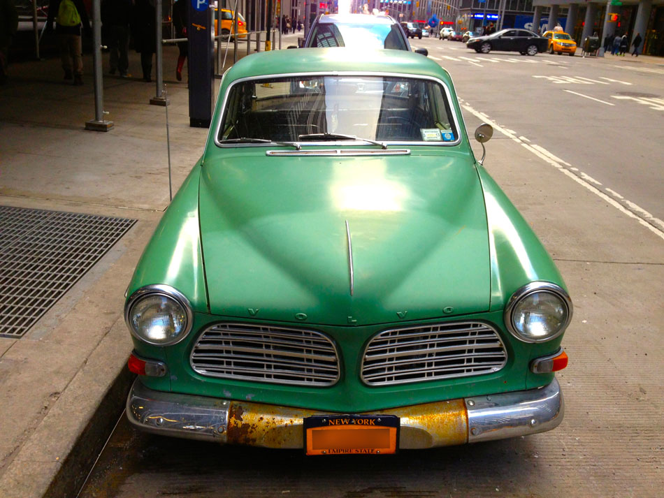 Volvo 122S - Sixth Avenue, NYC