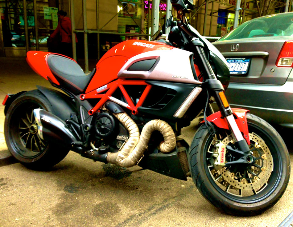 Ducati Diavel - Fifth Ave @ 33rd Street, NYC