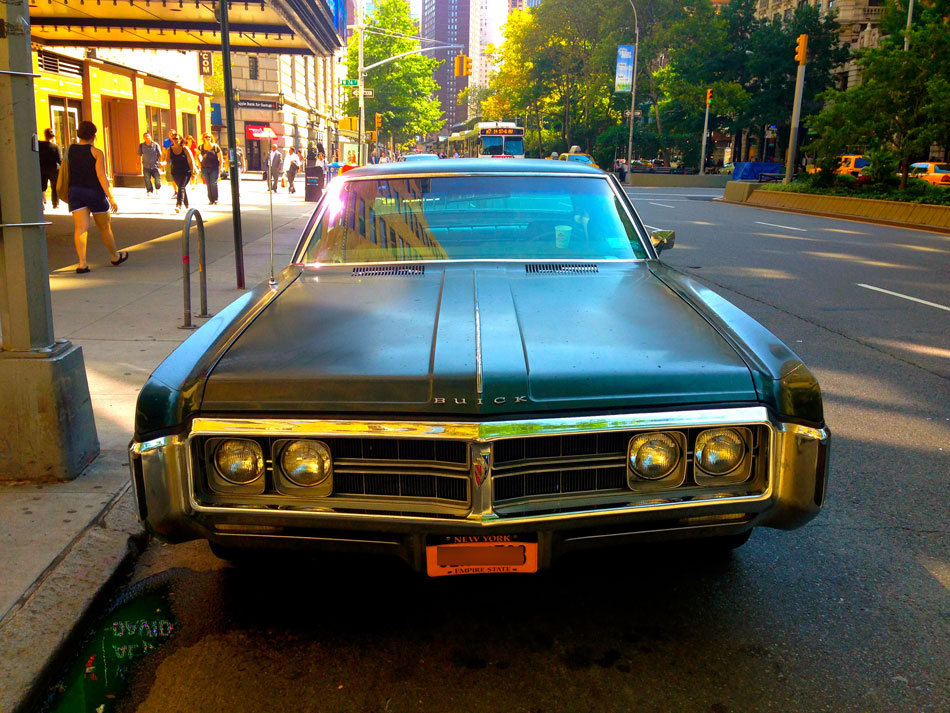Buick Wildcat - Broadway @ 74th Street, NYC