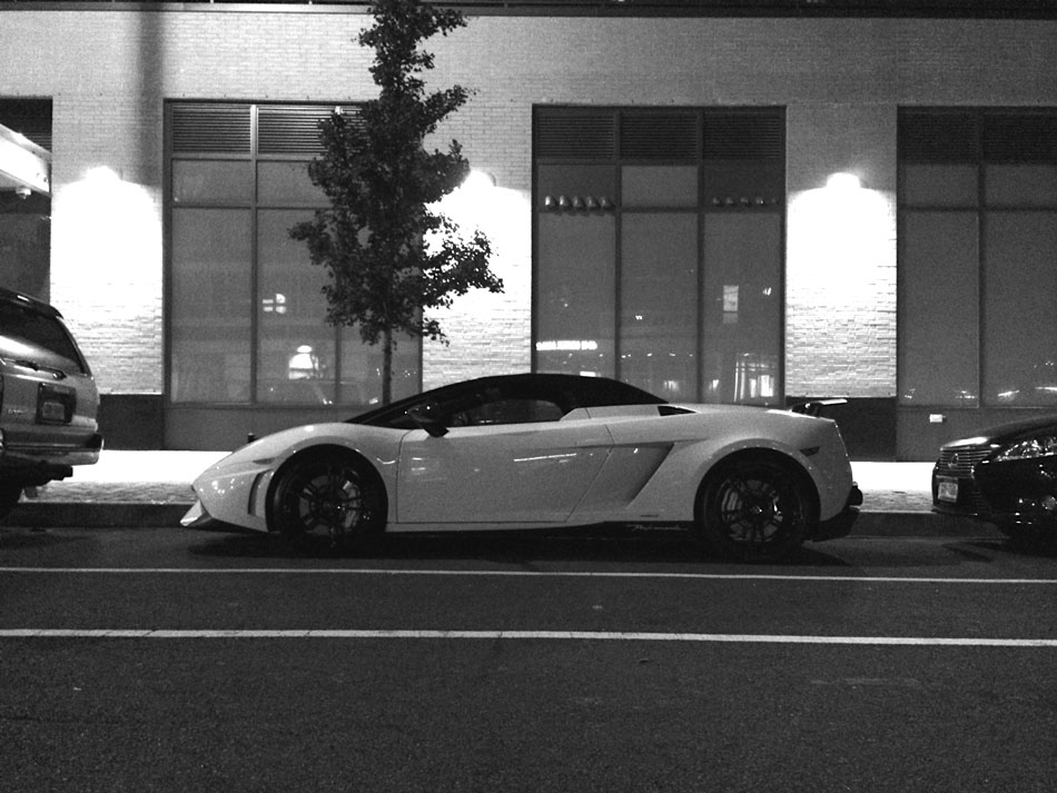 Lambo Gallardo LP570-4 Spyder Performante - Long Island City, NY